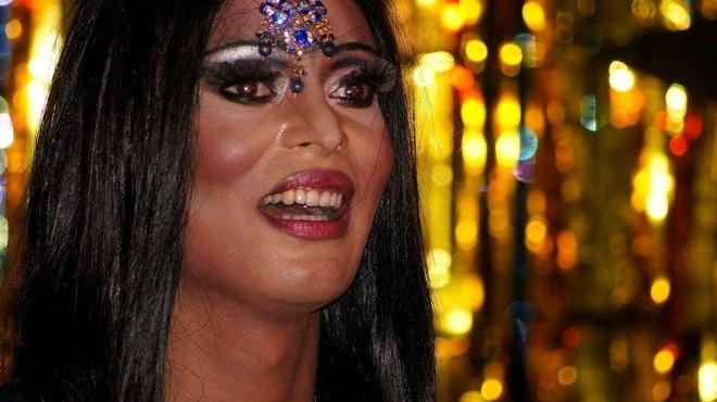 Gay dating i Lahore Dejting Bollywood
