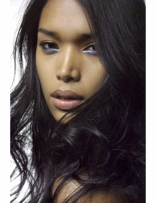 Filipino-American fashion model wows world with coming out ...