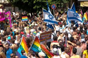 tel_aviv_pride_parade_2_